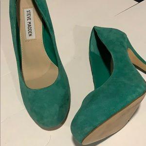 Steve Madden suede emerald green teal heels